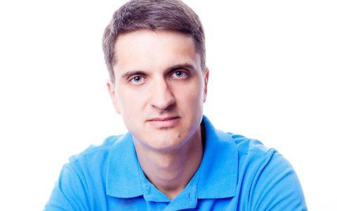Георгий Ситников. Основатель организации За Защиту Зверей, юрист, разработчик законопроектов в сфере защиты животных.
